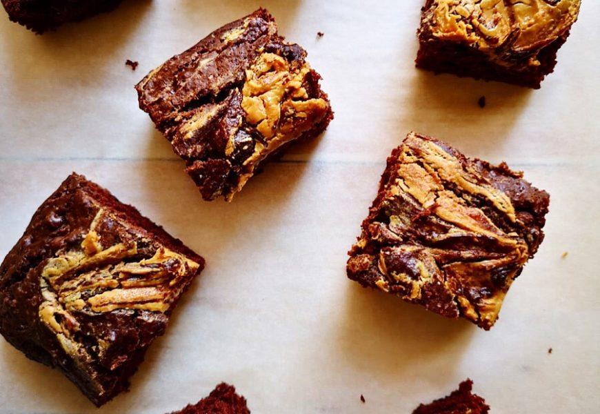 Brownies vegani al cacao con burro di noccioline